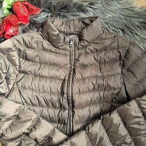 Uniqlo lightweight brown bubble coat jacket